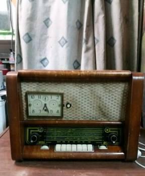 """Радиоприемник ламповый """"рассвет"""""""