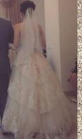 Свадебное платье, меховой жилет мужской, Тула