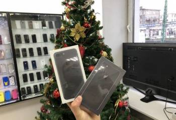 IPhone 8 64GB Гарантия Год