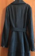 Черное платье с длинными сапогами, пальто с воланами, Самара