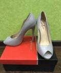 Шикарные, брендовые туфли из натуральной кожи 37р, кроссовки nike mach runner, Пенза