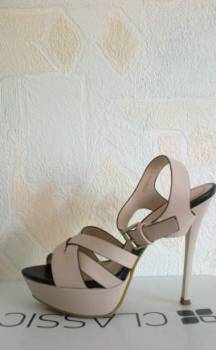 Кроссовки reebok classic leather lux horween aq9960, женская обувь