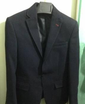 Пиджак и рубашка р.44, пиджаки мужские приталенные темные