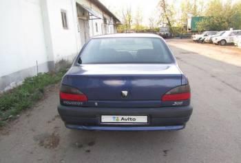 Peugeot 306, 1998, лада приора 2011 года купить