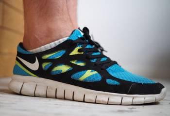 Кроссовки Nike Free Run 2 размер 7.5 us, бутсы найк темпо цена