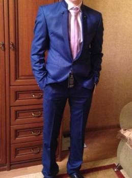 Продаю костюм в отличном состоянии, толстовка с капюшоном jk-001