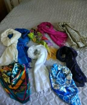 Платье для полных девушек прямое, шарфы палантины платки