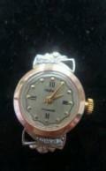 Продаю золотые часы 585 пробы с бриллиантами, Красные Четаи