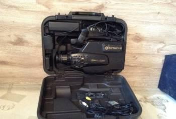 Продам видеокамеру Hitachi