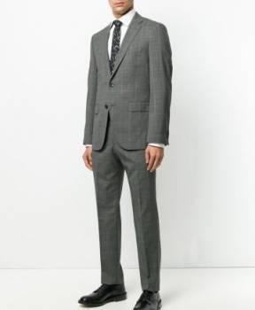 Деловой костюм Hugo Boss, спортивные костюмы мужские в спортмастере каталог и цены