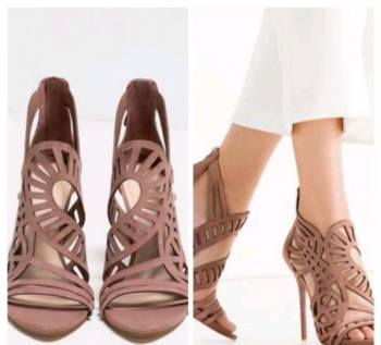 Купить зимние непромокаемые ботинки, босоножки zara