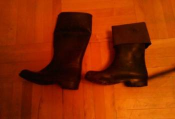 Резиновые сапоги р. 27, кроссовки для футзала найк