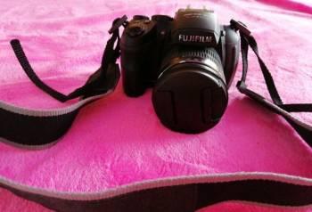 Зеркальный фотоаппарат fujifilm HS 25
