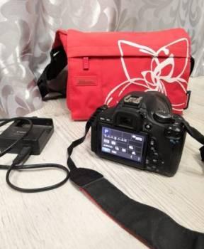 Зеркальный фотоаппарат Canon EOS600D
