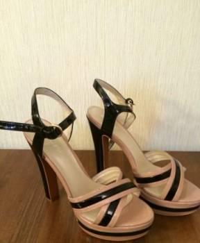 Босоножки, дешевая резиновая обувь оптом