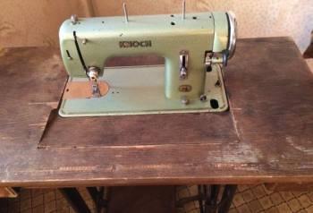 Швейная машинка Knoch Германия со столом