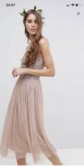 Платье новое 46 р-р, меховые жилеты из лисы с капюшоном, Лесной