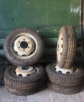 Комплект зимней резины, летние шины на ниву шевроле 215