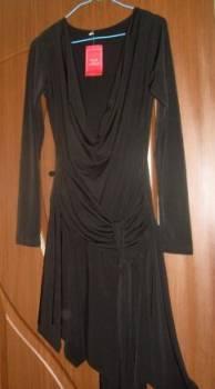 Трикотажное платье прямого силуэта, платье новое-обмен