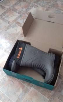 Сапоги резиновые, salomon model 3d чёрные кожаные мужские зимние кроссовки