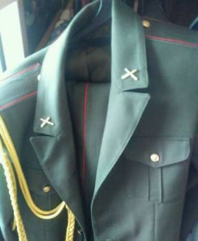 Классический итальянский мужской костюм, форма парадная и повседневная