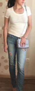 Жилеты женские короткие, джинсы голубые Emporio Armani оригинал, Нижние Вязовые