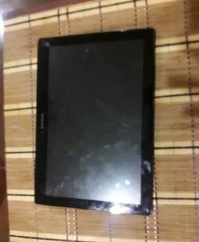 Планшет Lenovo без повреждений с очищенной памятью