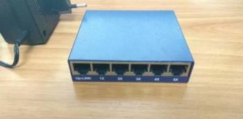 Коммутатор (Switch) Acorp
