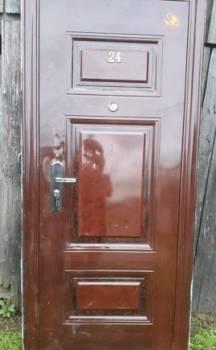 Дверь входная б/ у
