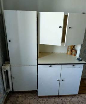 Шкафы и посуда