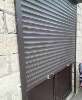 Продам пластиковые двери или обмен на железные