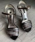 Босоножки Dolce&Gabbana, босоножки на толстом каблуке тракторная подошва, Устье