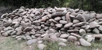 Камень речной, строительный. Количество: 2 камаза