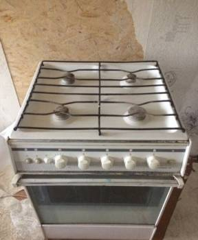 Газовая плита с электророзжигом
