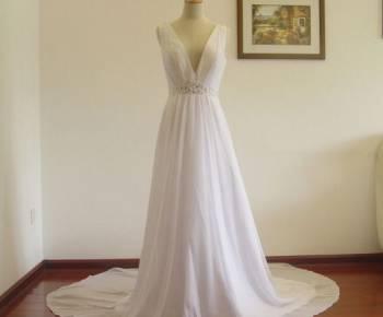 Платье фасона миди красное, платье свадебное новое