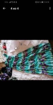 Новые платья разных размеров, платье в горошек с кружевом внизу