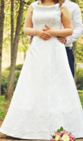 Продам Свадебное платье, одежда бренда pink, Великие Луки
