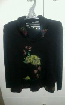 Блузки трикотажные размер 48-50, рубашки женские сзади длинные