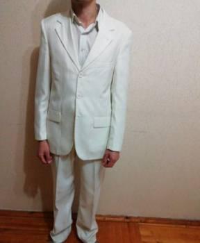 Купить стильную мужскую куртку, костюм мужской