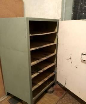 Металлический шкаф/сейф